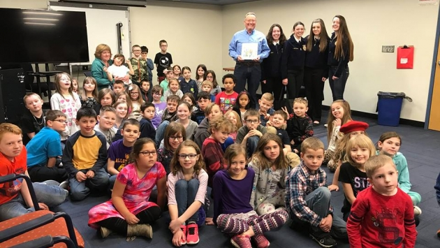 Commissioner Ball visits an elementary school classroom during Agricultural Literacy Week.